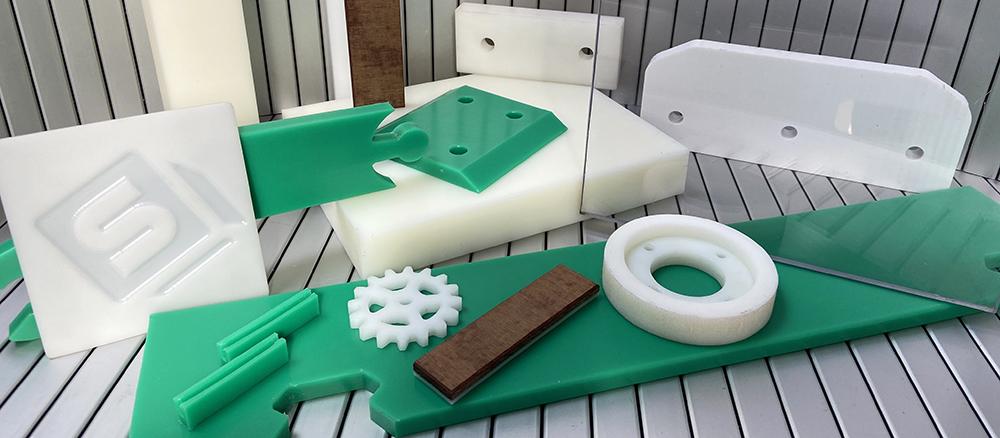 Plásticos Técnicos: Resina acetálica, poliamida, arnite, polietileno, policarbonato, teflón y bakelita