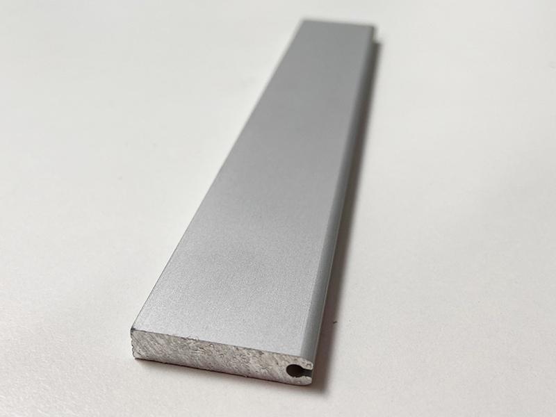 Terminales planos para persianas de protección para máquina-herramienta