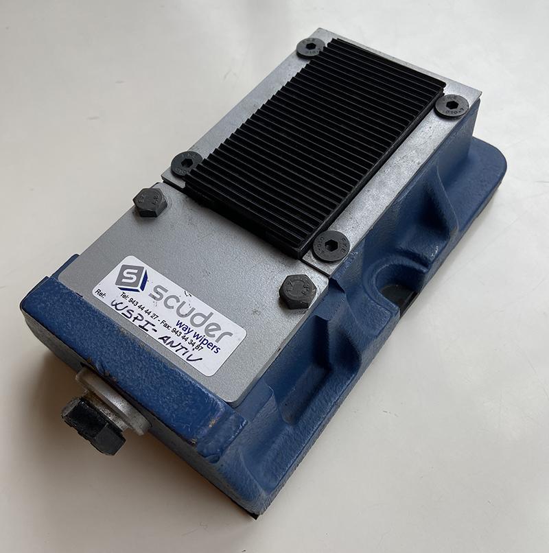 WSP de apoyo sobre la cuña de ajuste sin necesidad de anclar la máquina con o sin base antivibratoria